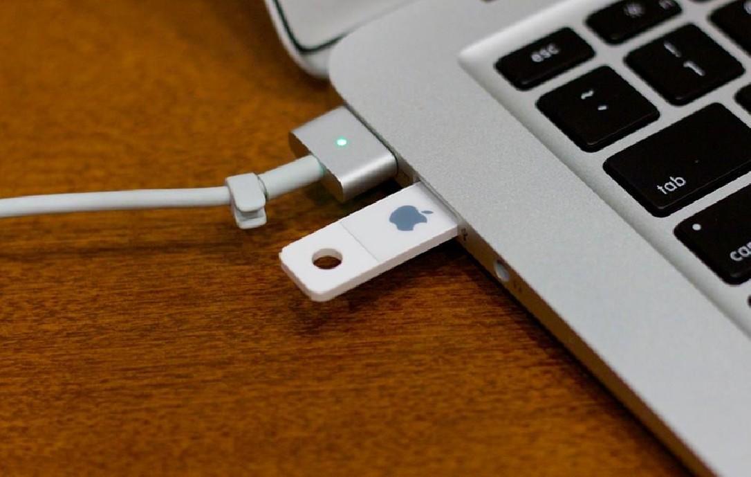 Instalación de Mac OS X Maverick, Lion o YOSEMITE en un PEN USB de 8gb