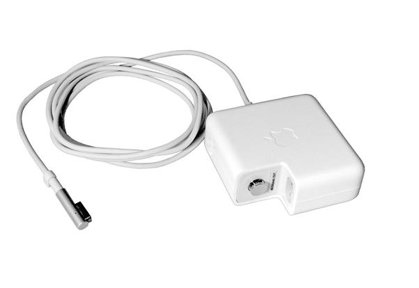 """Adaptador de corriente MagSafe de 60 W con conector en """"L"""""""